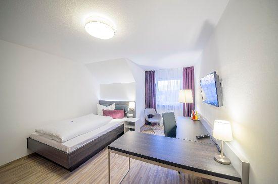 3 Boarding-House-Zimmer